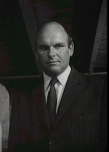 Francois Illas New Tradition: François Chaumette (1923-1996).