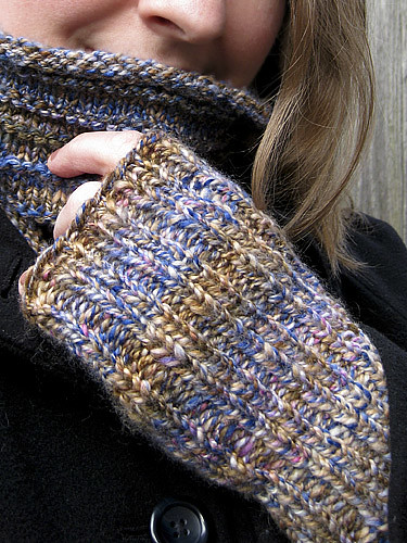 Fingerless Mitts | by chavala