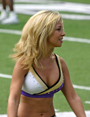 BALTIMORE RAVENS CHEERLEADER | by nflravens