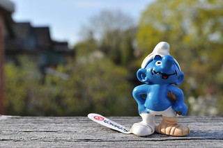 Injured Smurf | by ronnyg