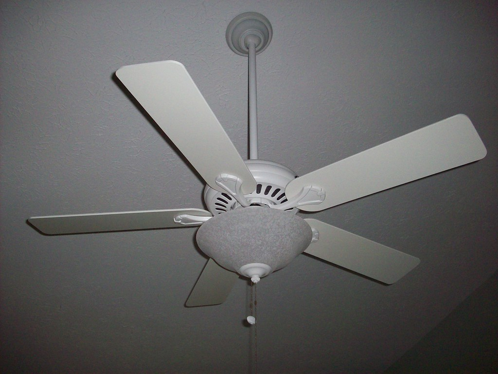 52 hunter stratford ii ceiling fan ammuscle442 flickr 52 hunter stratford ii ceiling fan by ammuscle442 aloadofball Image collections