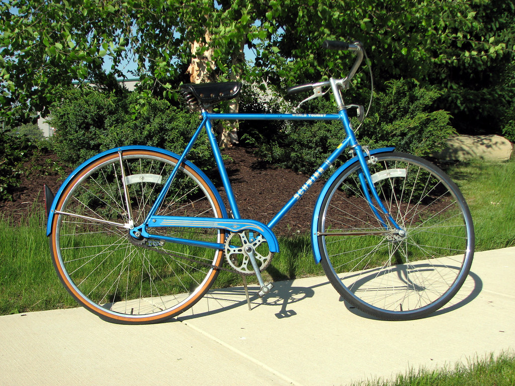 1982 Schwinn World Tourist 3 Speed My First Today S Find Flickr