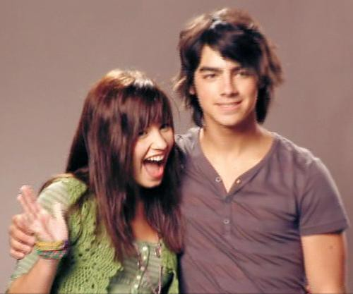 Demi Lovato and Joe Jonas Rare Free | by andreadaya96