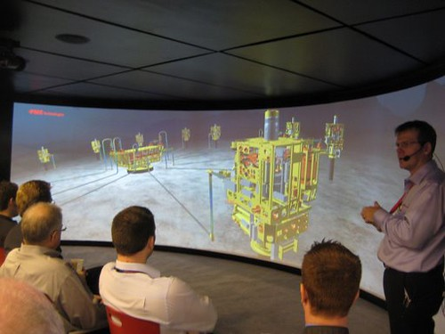 animated presentation at fmc technologies booth offshore t flickr