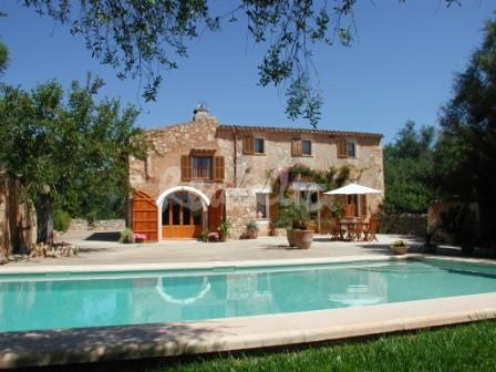 Casa rural en mallorca casa y piscina espectacular casa flickr - Chimeneas en mallorca ...