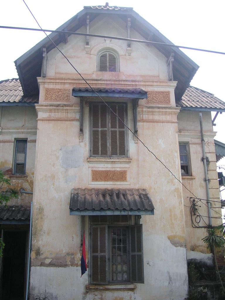 Vientiane Colonial Era Buildings Hanging On Brewcitypunk2009