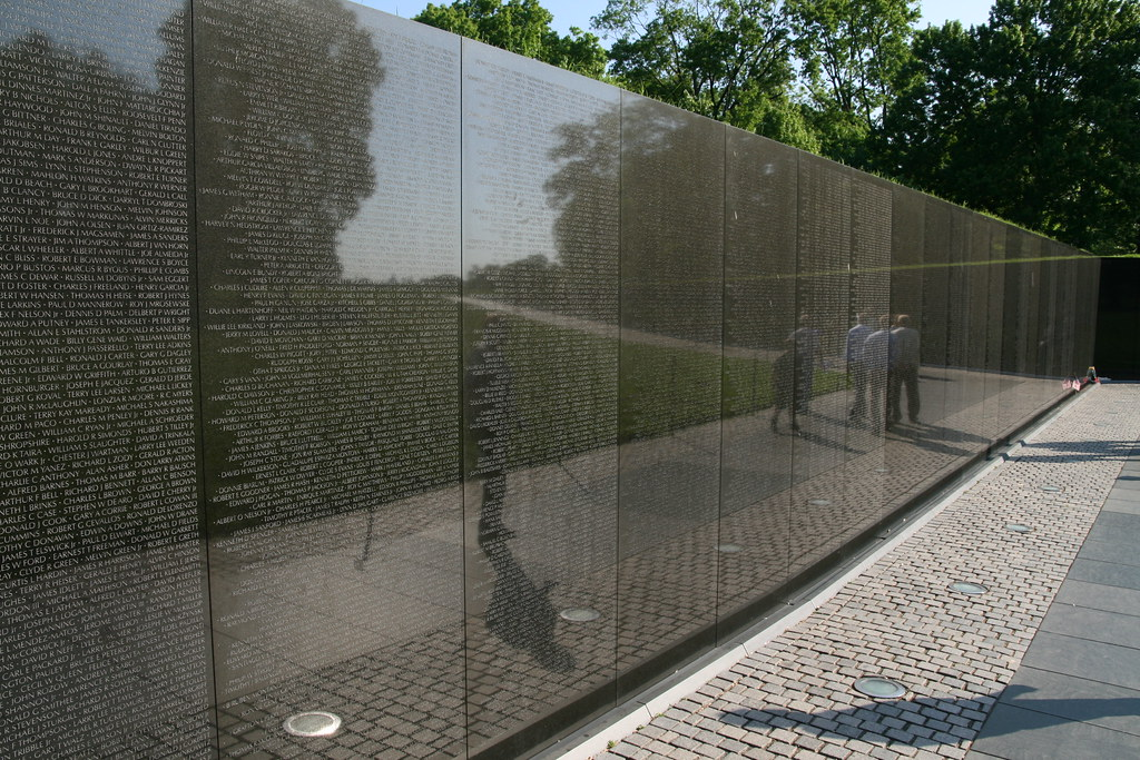 vietnam war memorial wall by bernt rostad - Who Designed The Vietnam Wall