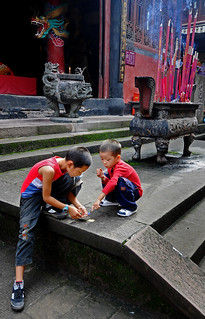 Boys playing in temple, Chongqing. | by kingarrow