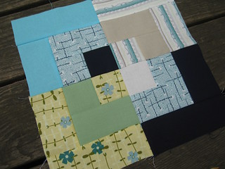 bee inspired | block #2 for lharsma | by j_q_adams