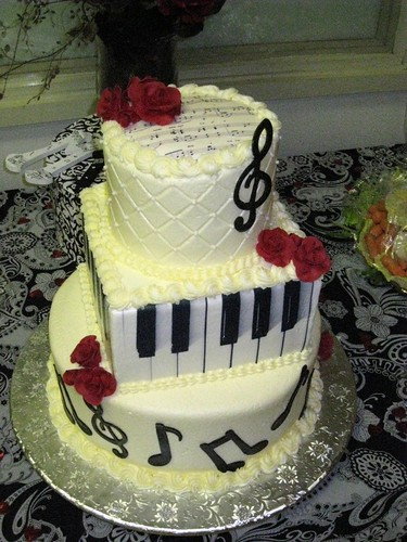 Music Graduation Cake Bottom Layer Is Chocolate And Top