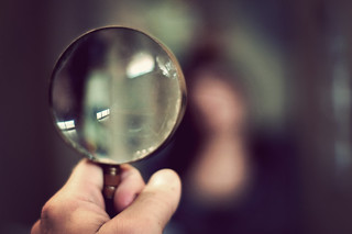 magnifying glass macro <06.jpg | by stephenjohnbryde