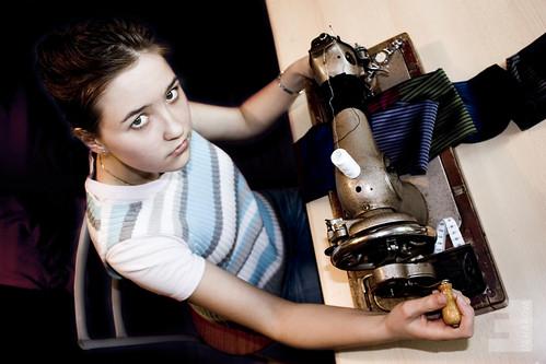 У колишній їдальні білоруси шитимуть жіночий одяг