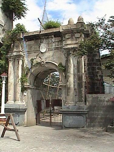 Entrance Arch Of The Old San Diego De Alcala Church Polo