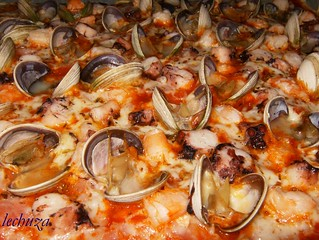 pizza marinera-detalle | by LECHUCILLA