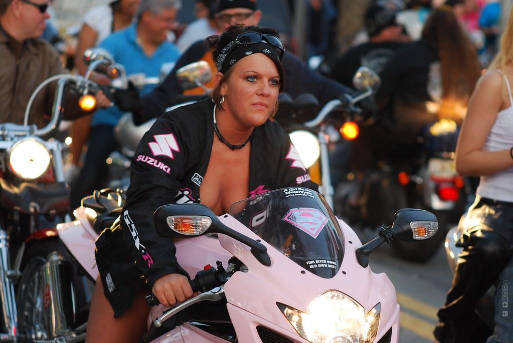 Daytona Bike Week 2009 Suzuki Girl Pink Bike Again Its Fu Flickr