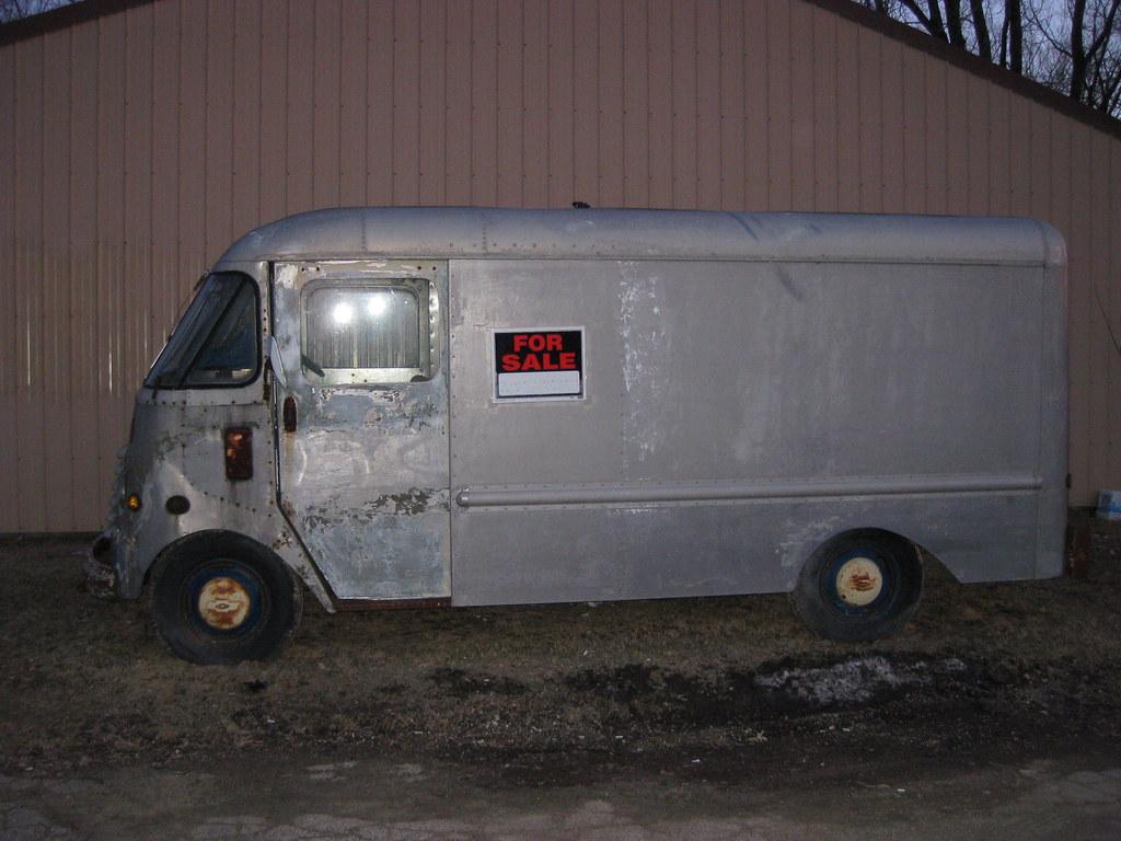 Old Bread Van, Step Van, Delivery Van | FOR SALE a few block… | Flickr