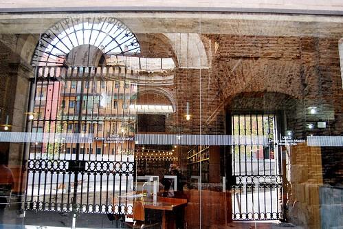Uned escuelas p as biblioteca preexistencias fachada 10796 for Uned madrid escuelas pias