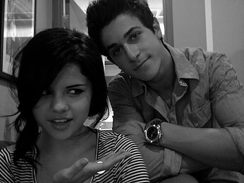 Selena Dating David Henrie Jeg kysset dating farvel lese online gratis
