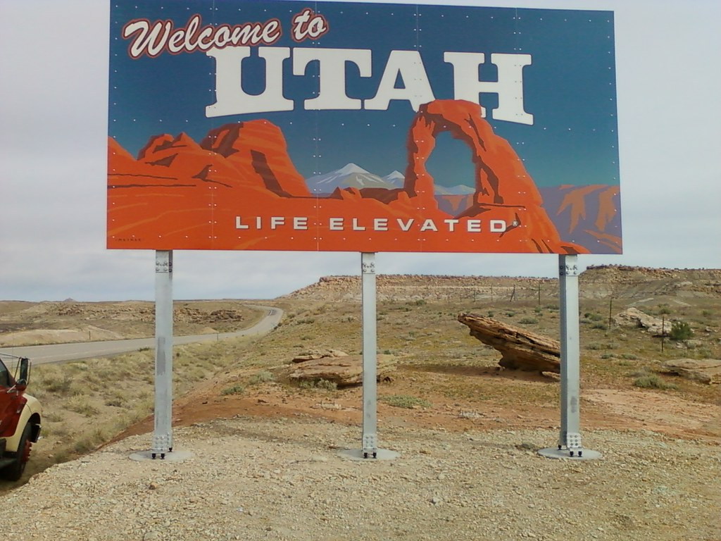 Utah welcome sign