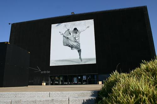 onyx con u par l 39 architecte jean nouvel et l 39 une de ses as flickr. Black Bedroom Furniture Sets. Home Design Ideas