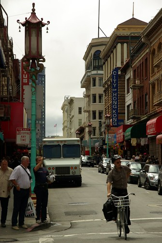 San Francisco Chinatown - lamppost | by Cedric Sam