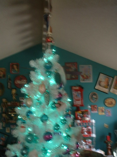Pink and aqua/turquoise decorated Christmas tree   My little…   Flickr