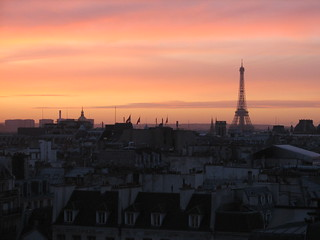 Parisian sunset skyline | by jess_star87