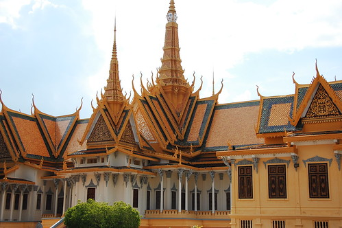 Exotic Khmer Architecture at the Royal Palace | by mendhak