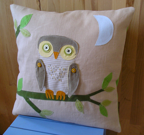 hoot, hoot, hooray - pillow cover | by krakracraft