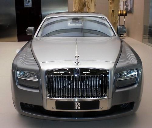 White Rolls Royce Wraith 2016: ROLLS ROYCE GHOST IN BEIJING 002