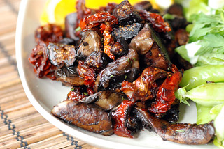 Sauteed Portobellas, Sun-Dried Tomates and Figs | by swellvegan