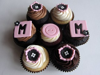 Mother's Day Cupcakes | by clevercupcakes