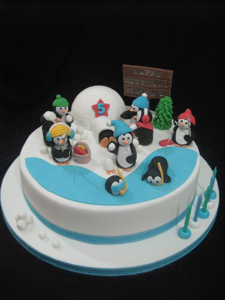 Penguin Birthday Cake Made For A Really Lovely Lady And He Flickr