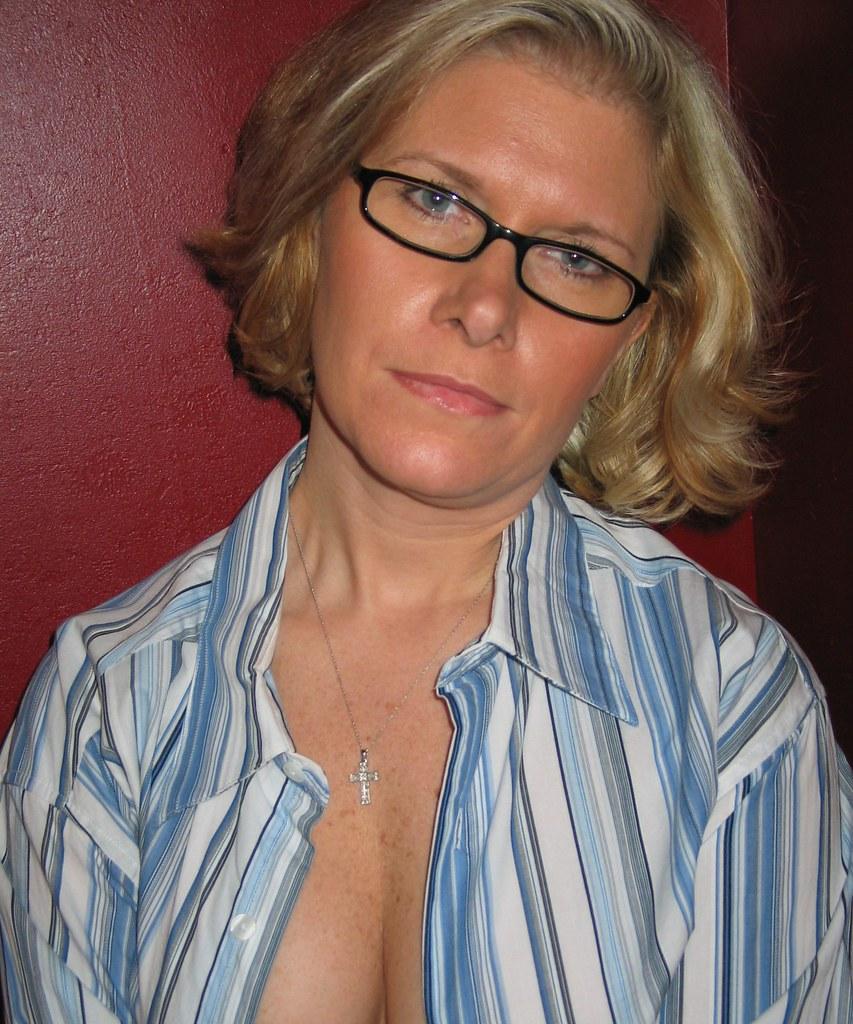 glasses-mature-porn