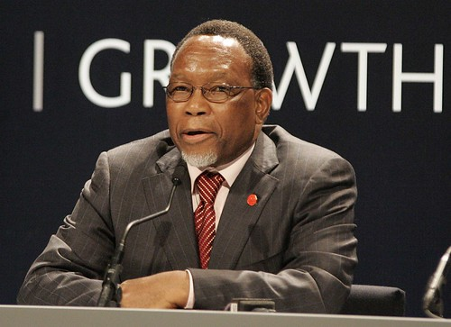 South Africa's President Kgalema Motlanthe addresses the world's media | by London Summit