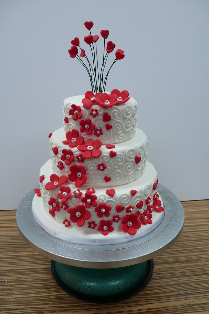 White red flowers and swirls mini wedding cake 2 zoe elizabeth white red flowers and swirls mini wedding cake 2 by cake amsterdam cakes by mightylinksfo Image collections
