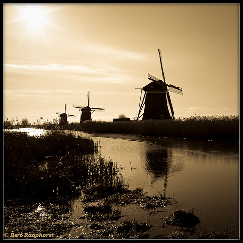 Molengang, a 'gang' of mills .. | by bert.raaphorst
