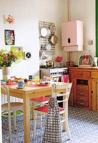 Cute Kitchen Scanned From Bazaar Style Decorating With