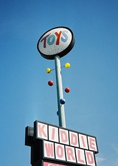 Kiddie World Googie Sign, San Jose (1960 - 2001) | by hmdavid