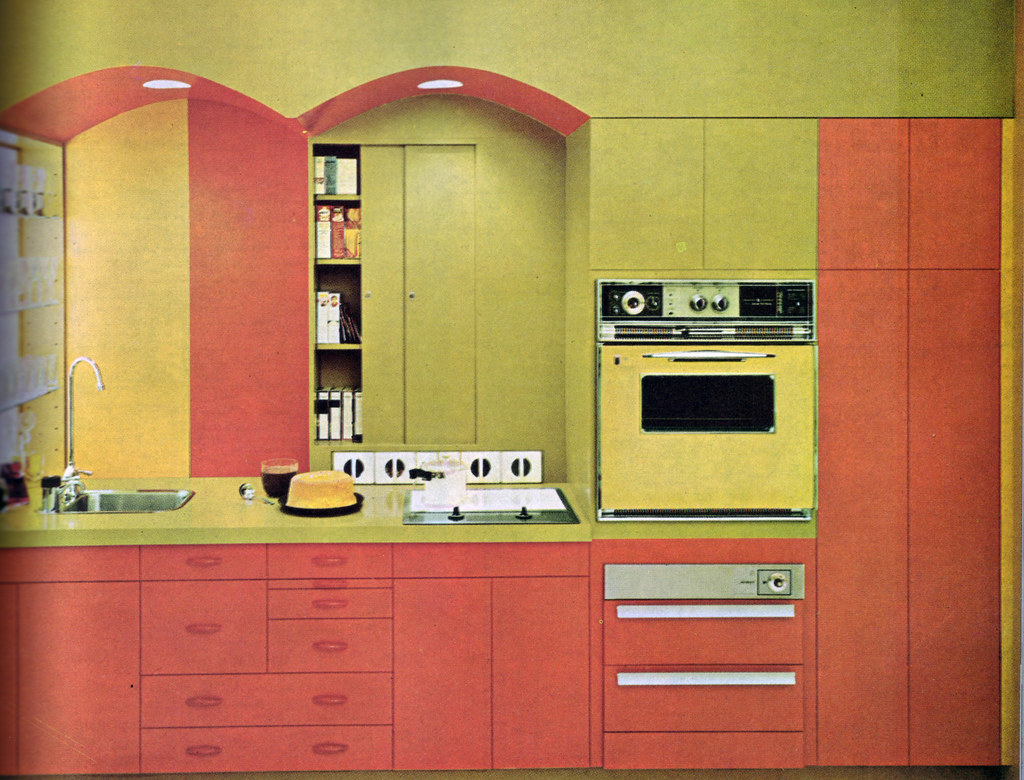 Orange And Yellow Kitchen Green And Orange Kitchen 1 Ok Ive Been Keeping My 1970 D Flickr