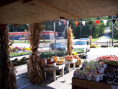 Fall at parkersburg bob 39 s market 018 john morgan flickr for Bob s fish market