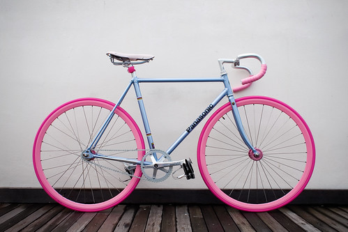 Blue Bike, Pink Wheels | by joeylu