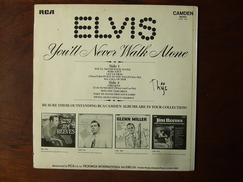 Elvis Walk A Mile In My Shoes Cd