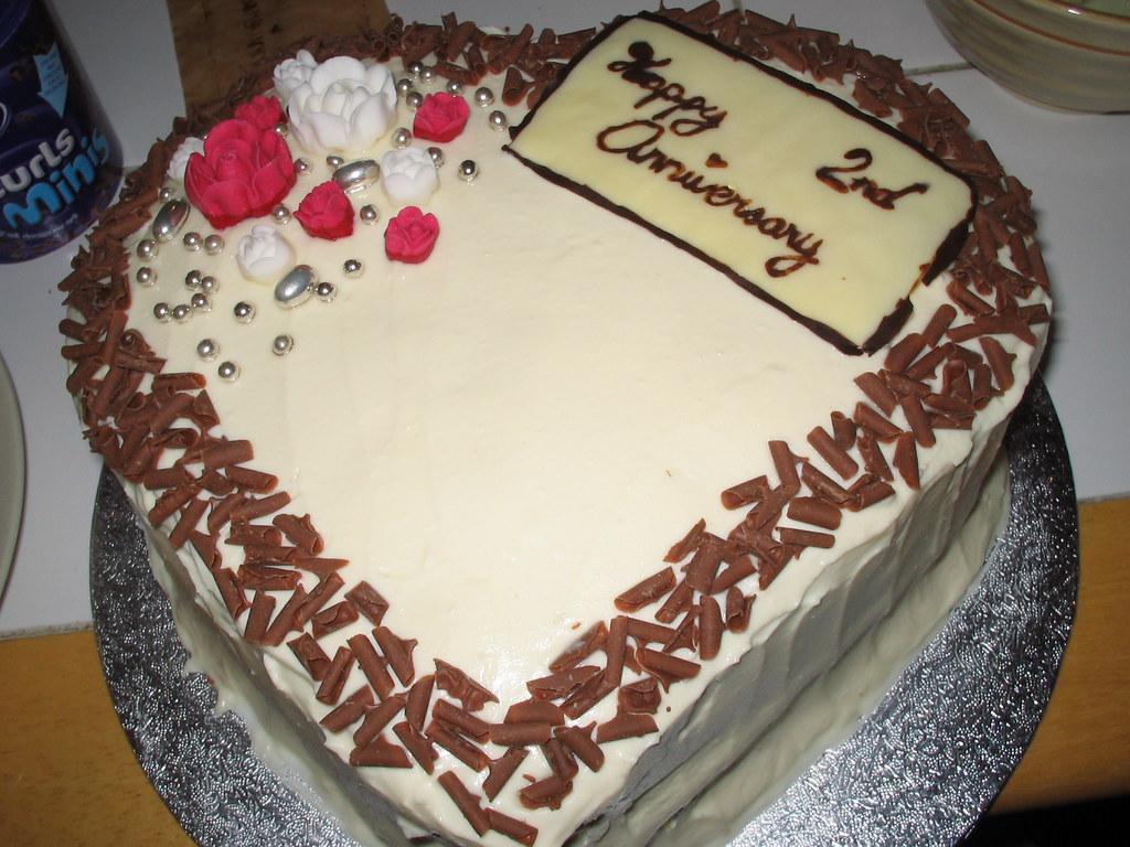 happy 2nd anniversary cake