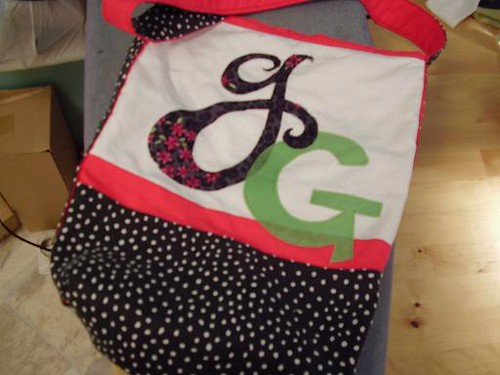GG Tote | by turning*turning