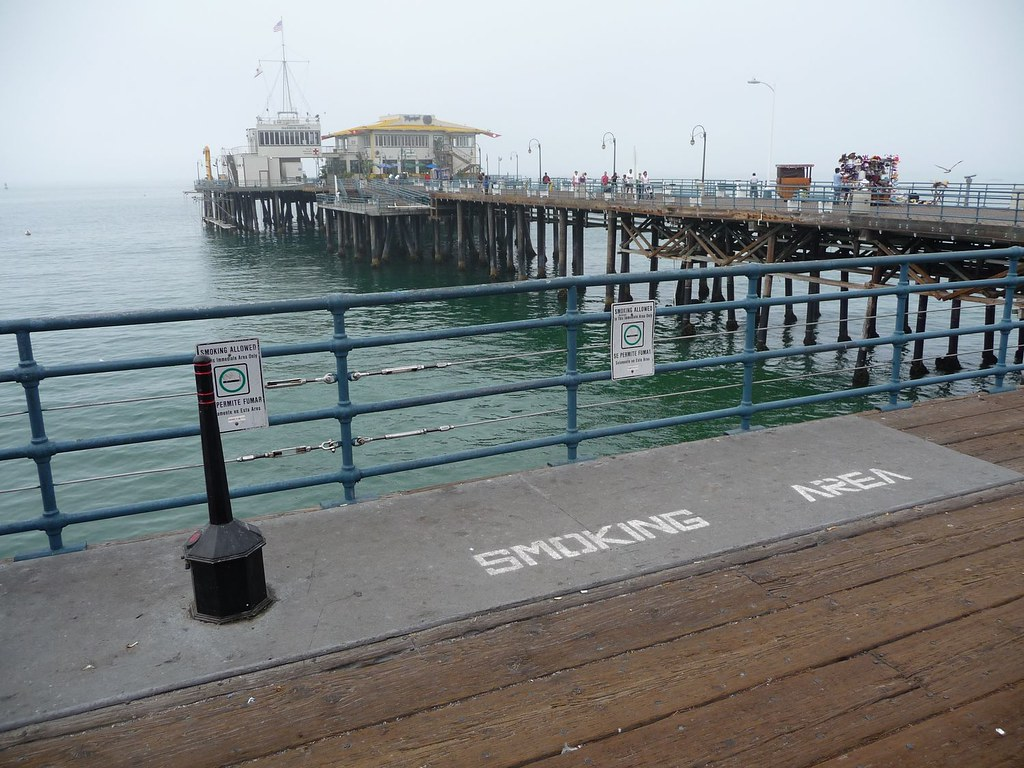Extraordinary Raucherzone Photo Of Outside Smoking Area Santa Monica Pier |