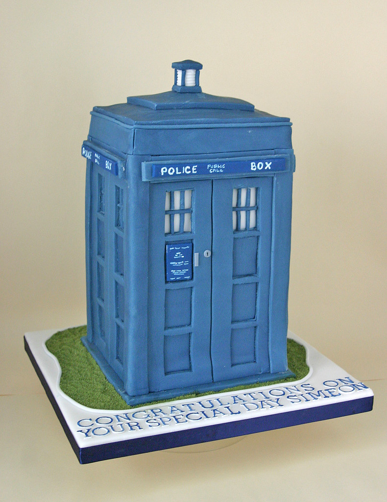 Birthday Cake 172 Dr Who Tardis Paula Jane Bourke Flickr