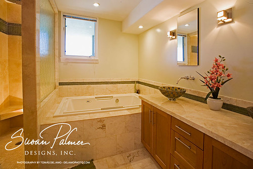 Hawaii kai master bath remodel this waterfront townhouse for Bath remodel hawaii