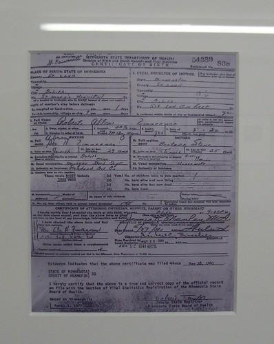 Bob Dylan\'s birth certificate, Bob Dylan Museum, Hibbing, …   Flickr