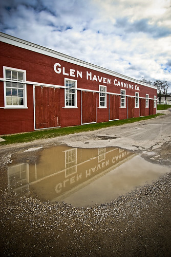 Glen haven canning co the cannery boathouse museum for Glen haven